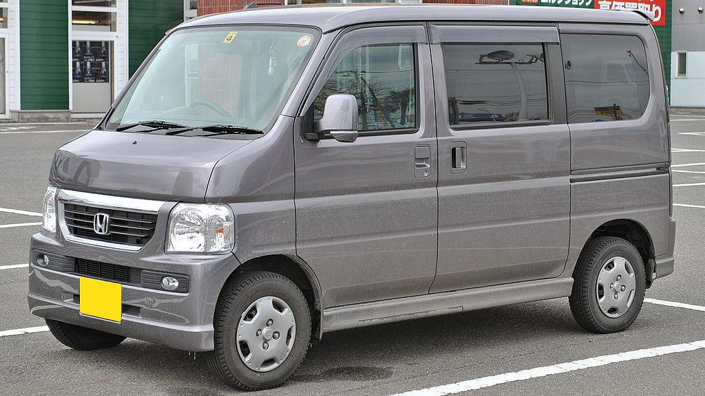 1024px-Honda_Vamos_1