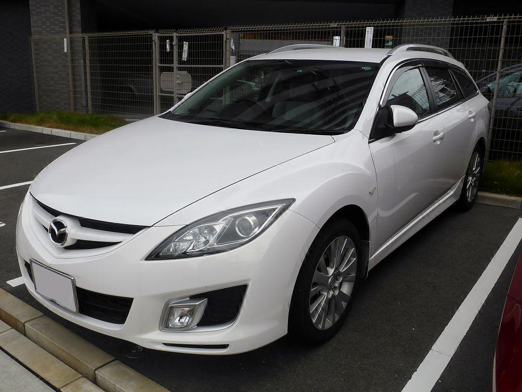 1024px-Mazda_Atenza_Sportswagon_(GH)_front