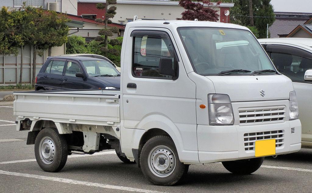 1024px-Suzuki_Carry_Truck_FC_4WD_DA65T_0331