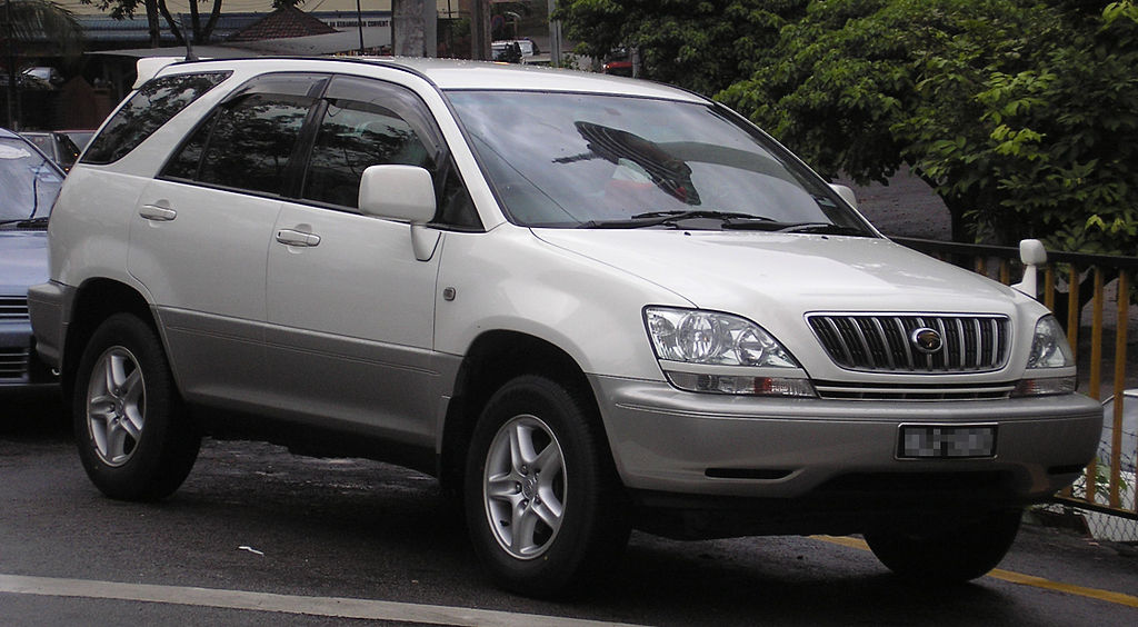 1024px-Toyota_Harrier_(first_generation)_(front),_Kuala_Lumpur