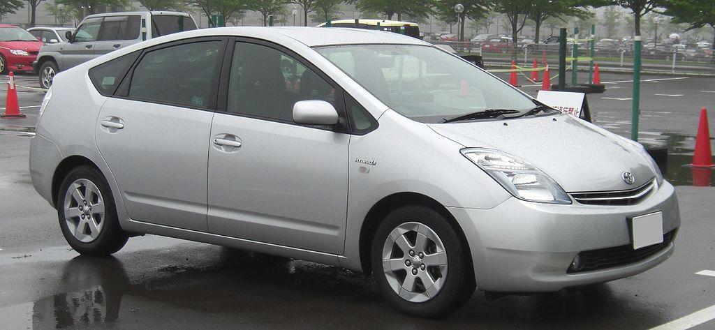 1024px-Toyota_Prius_NHW20