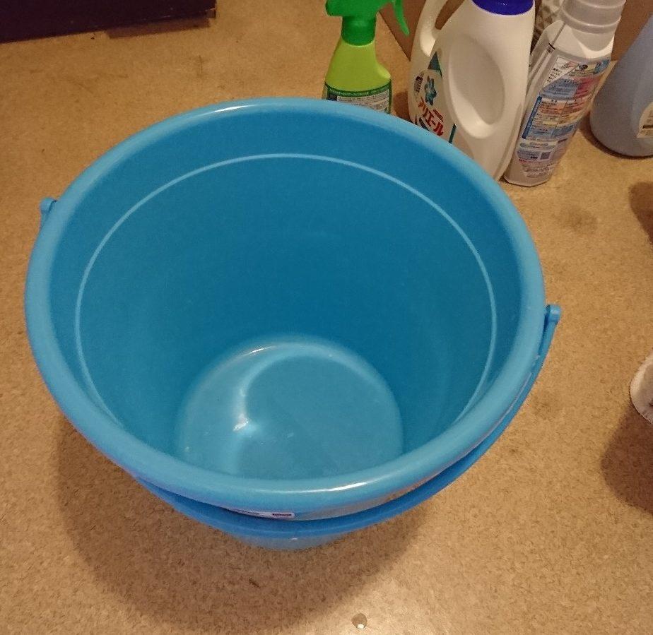バケツで重曹水を作る